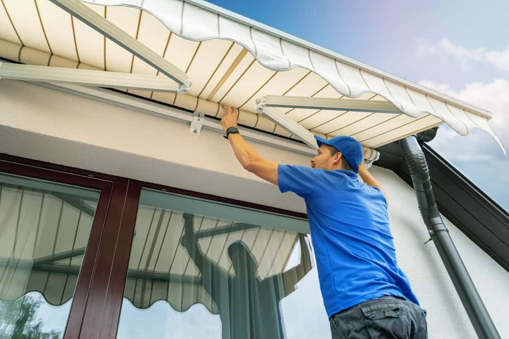 right-awning-installation